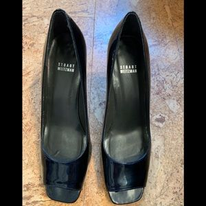 ‼️Navy blue pumps Stuart Weitzman Leaving soon!